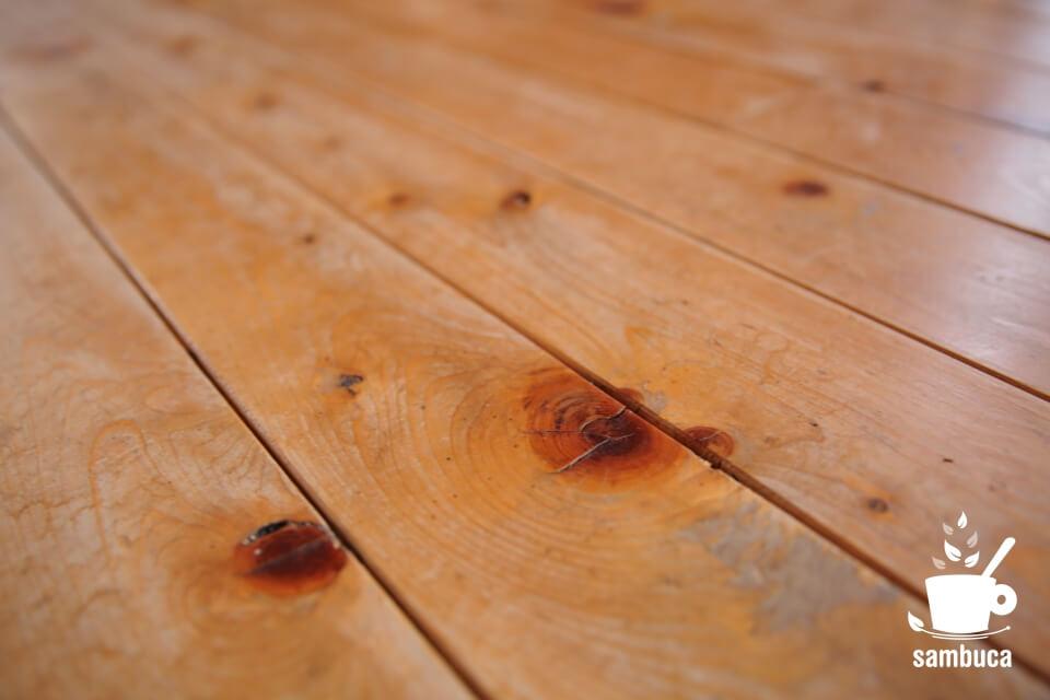 材木としてのカラマツ