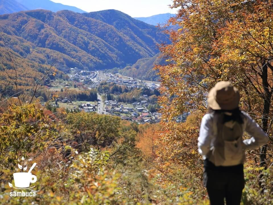 鳥居峠への上りの途中