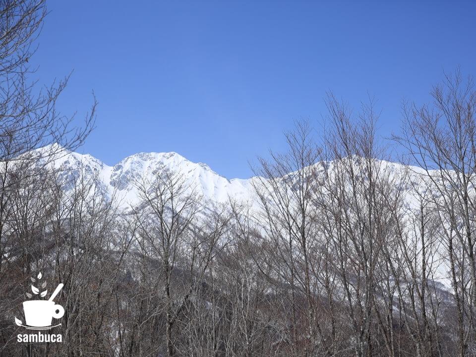 あずま家から見る白馬三山