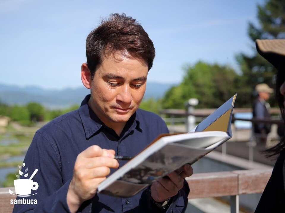 野口健さんにサインをいただきました