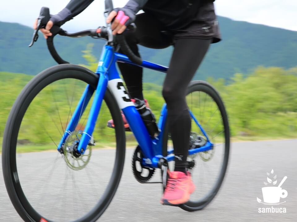 3Tのロードバイク「STRADA PRO」
