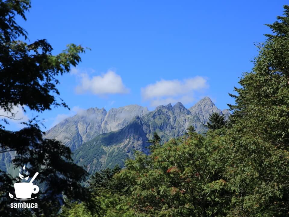 徳本峠から眺める穂高連峰
