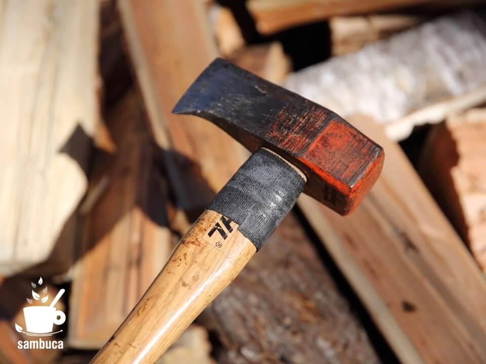 FiberFixで修理した薪割りハンマー