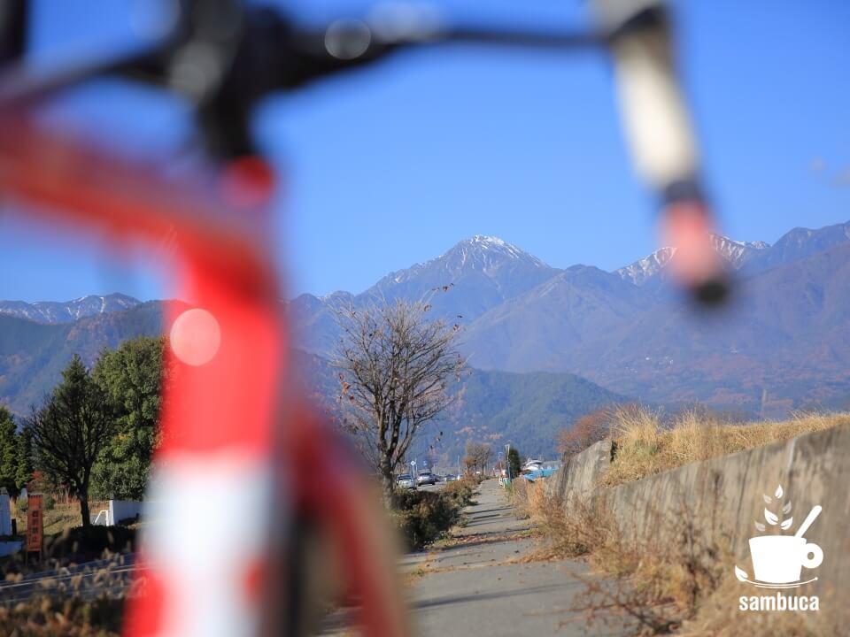 豊科大天井岳線(県道495号)から見る常念岳