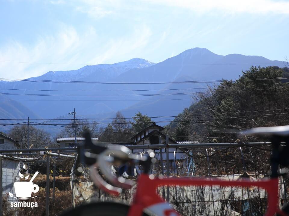 原野付近から眺める木曽駒ヶ岳