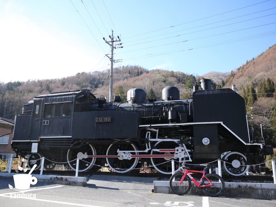 奈良井宿に保存してあるC12と3T