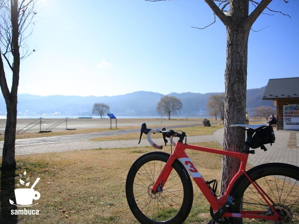 岡谷湖畔公園の駐車場からサイクリング・スタート