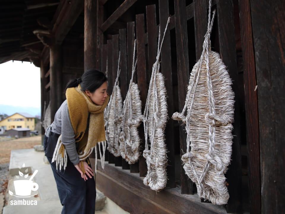 四賀・保福寺の巨大な草鞋
