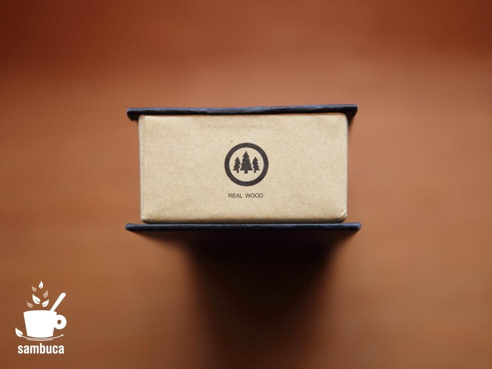 MAMの箱の側面