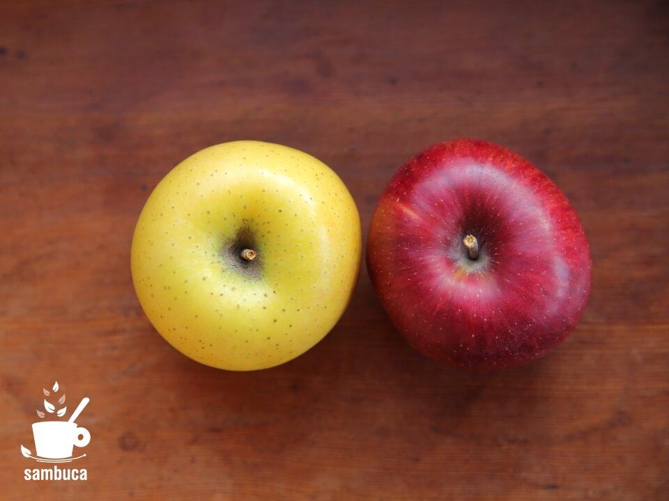 左はシナノゴールド、右は秋映