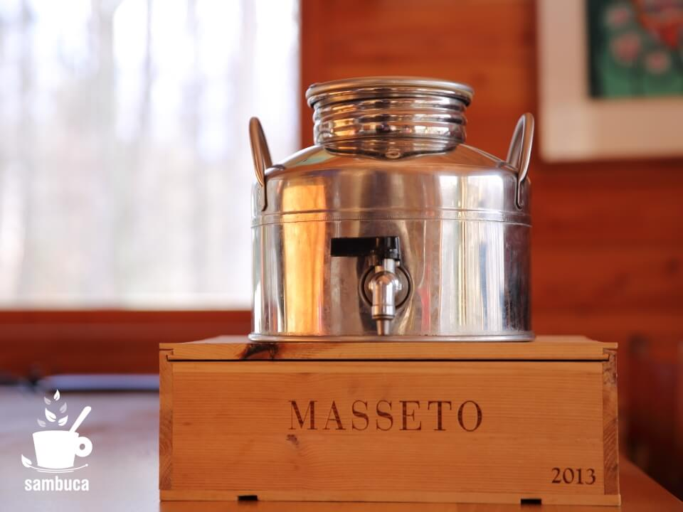 イタリアのステンレス製タンク、Fusti(フースティ)