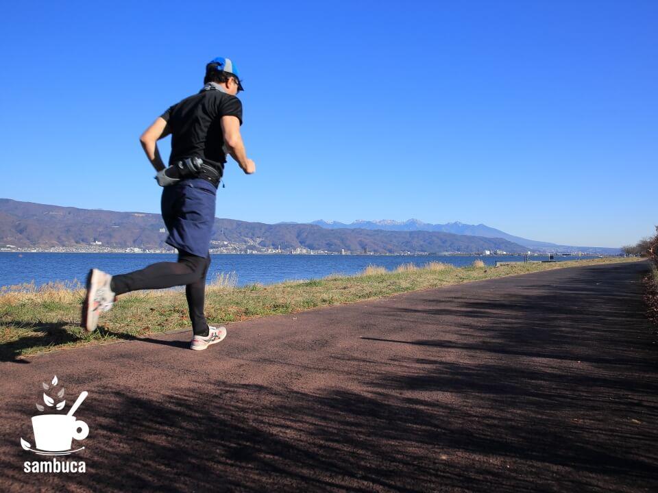 今回、諏訪湖を2周と少し走りました